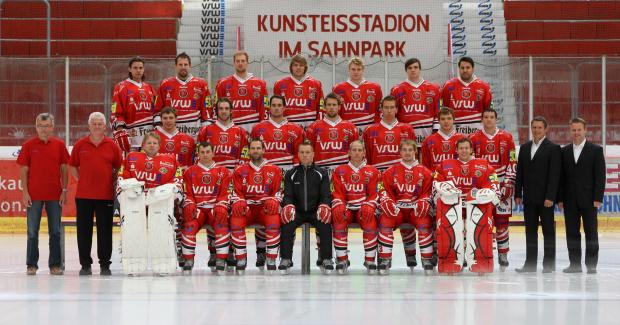 Eispiraten_Crimmitschau_Mannschaftsbild_2012
